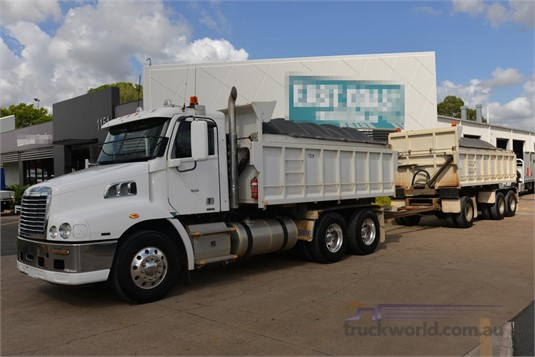2011 Freightliner other - Trucks for Sale