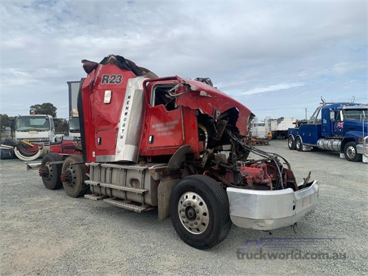 2014 Kenworth T409 - Wrecking for Sale