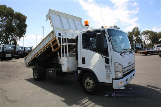 2008 Isuzu other - Trucks for Sale