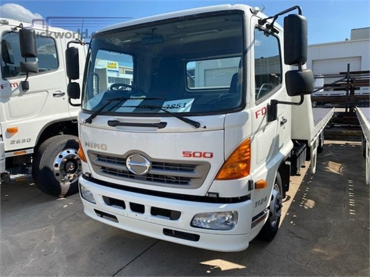 2017 Hino FD1124 - Trucks for Sale