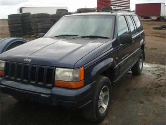1996 Chrysler Jeep Cherokee Laredo - Light Commercial for Sale