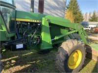 John Deere 4630 tractor with 4 wheel drive and