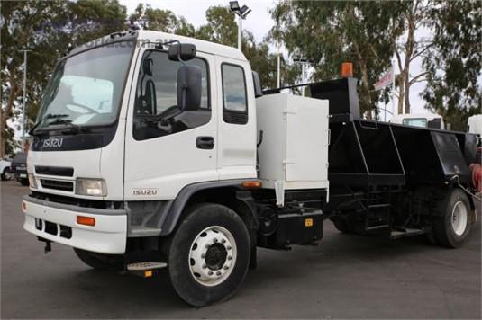 2001 Isuzu other - Trucks for Sale
