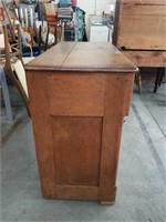 "Victorian mahogany 3 drawer chest  / 40""×31"""