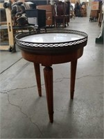 "French marble top round stand/ 13"" ×18"""