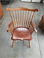 Maple arm chair