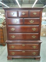 Mahogany 6 drawer chest made by Broyhill premier