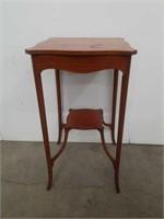 "Antique mahogany tier stand / 15""×28"""