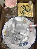 Box of misc glass, kitchenware