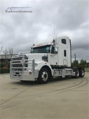 2013 Freightliner Coronado  122 - Trucks for Sale