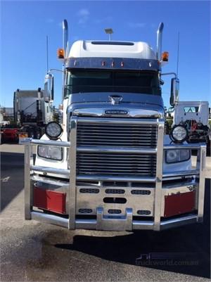 2018 Freightliner Coronado - Trucks for Sale