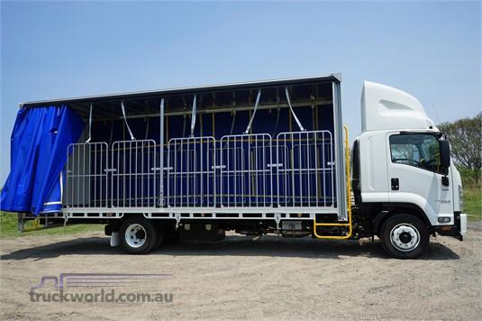2020 Isuzu FSR - Trucks for Sale