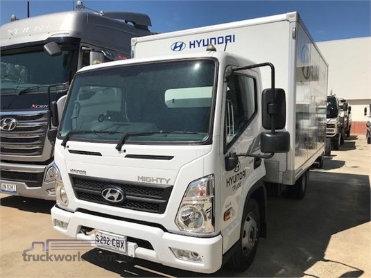 2017 Hyundai Mighty EX4 Standard Cab MWB - Trucks for Sale