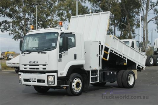 2009 Isuzu FTR 900 - Trucks for Sale