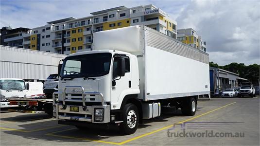 2015 Isuzu FVR - Trucks for Sale