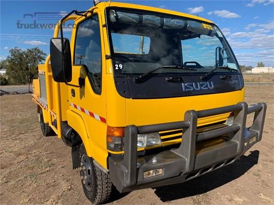 2002 Isuzu NPS 300 4x4 - Trucks for Sale