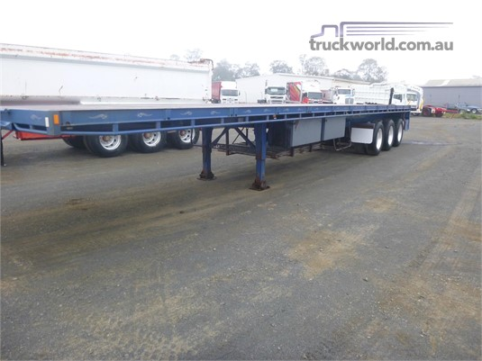 2012 Highway Master Flat Top Trailer - Trailers for Sale