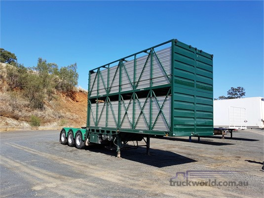 2007 Howard Porter Stock Crate Trailer - Trailers for Sale