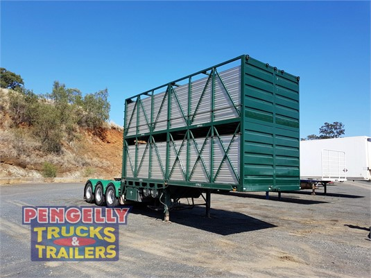 2007 Howard Porter Stock Crate Trailer Pengelly Truck & Trailer Sales & Service - Trailers for Sale