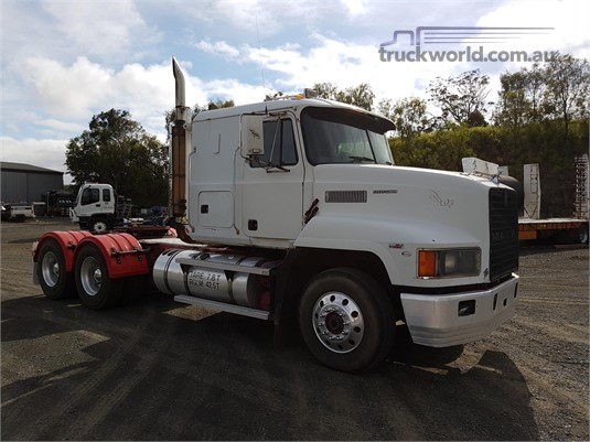 1998 Mack CHR - Trucks for Sale