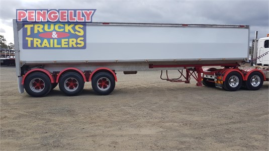 2017 Custom Grain Tipper Trailer Pengelly Truck & Trailer Sales & Service - Trailers for Sale