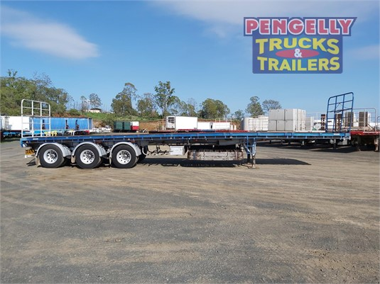 2007 Moore Flat Top Trailer Pengelly Truck & Trailer Sales & Service - Trailers for Sale