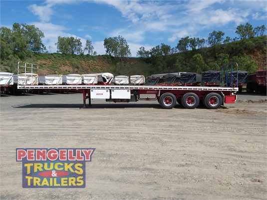 2005 Barker Flat Top Trailer Pengelly Truck & Trailer Sales & Service - Trailers for Sale