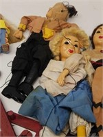 Lot of vintage dolls and puppets