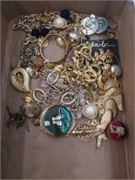 Box with jewelry