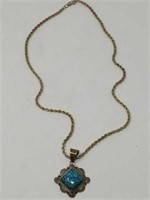 Sterling chain with turquoise pendant / 23grms