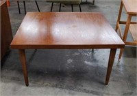 Mid-century modern coffee table 31 by 31