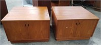 Pair of mid-century modern side table cabinets b