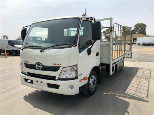 2018 Hino other - Trucks for Sale