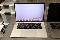 Apple MacBook Pros with Touch Bar (Damaged Screen