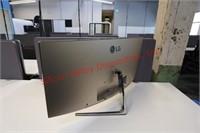 LG Curved LED Monitor