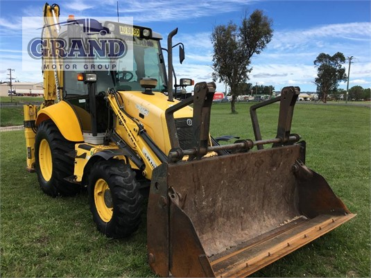 2008 New Holland B110B Grand Motor Group  - Heavy Machinery for Sale