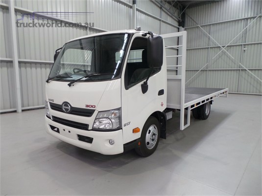 2020 Hino 300 Series 617 - Trucks for Sale
