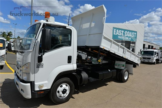2008 Isuzu FRR 500 East Coast Truck and Bus Sales - Trucks for Sale