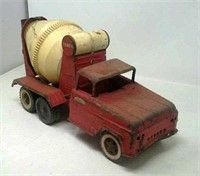 Quad, Mower, Antiques, Furniture, Jewelry, Quilts, Trunks