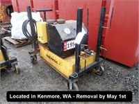 KENMORE HEAVY EQUIPMENT & VEHICLES - ONLINE ONLY