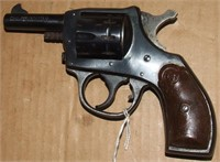 H&R 922 Bantam 22LR Revolver