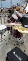 Yamaha Rydeen Drum Set