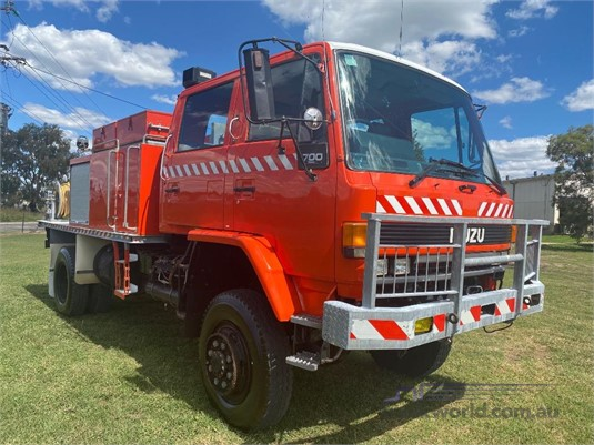 1990 Isuzu FTS 700s 4x4 - Trucks for Sale