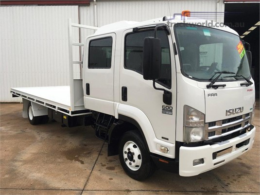 2012 Isuzu FRR 600 Crew - Trucks for Sale