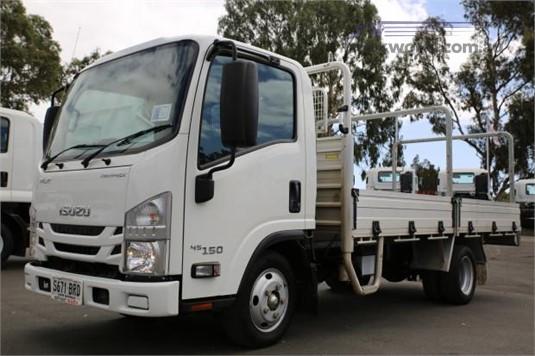 2017 Isuzu NLR 45 150 - Trucks for Sale