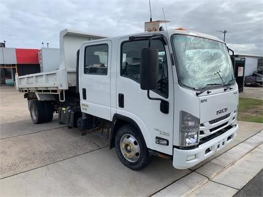 2017 Isuzu NPR 45 190 CREW - Trucks for Sale