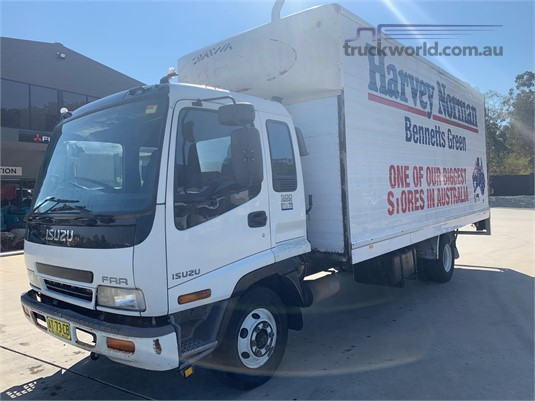 2002 Isuzu FRR 500 - Trucks for Sale