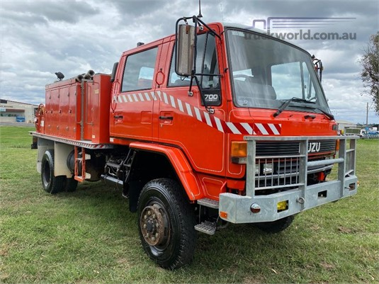1989 Isuzu FTS 700 - Trucks for Sale