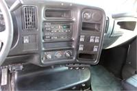 2004 GMC C5500 (view 8)