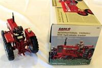 International Farmall 656 Toy Tractor, Hydro, (view 2)